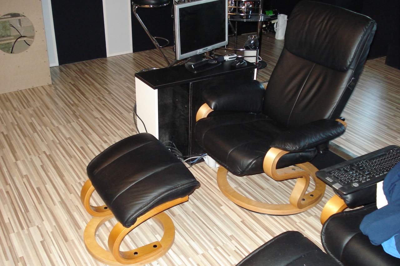 direkthalls traumkino soll wir poison nukes forum. Black Bedroom Furniture Sets. Home Design Ideas